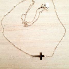 Gargantilla plata cruz pequeña