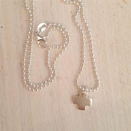 Cruz de plata pequeña con cadena bolitas