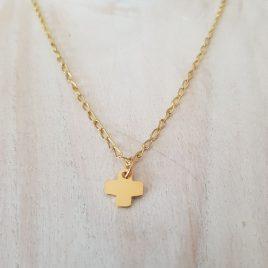 Colgante cruz de plata con baño de oro y cadena goldfield
