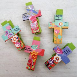 Pinzas cruz con mensaje