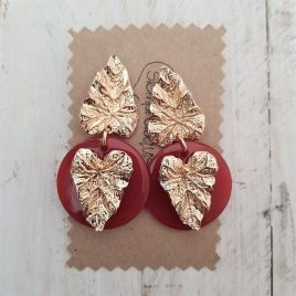 Pendientes hojas base rojo